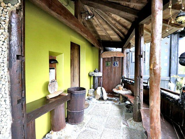 箱根そば竹やぶ玄関