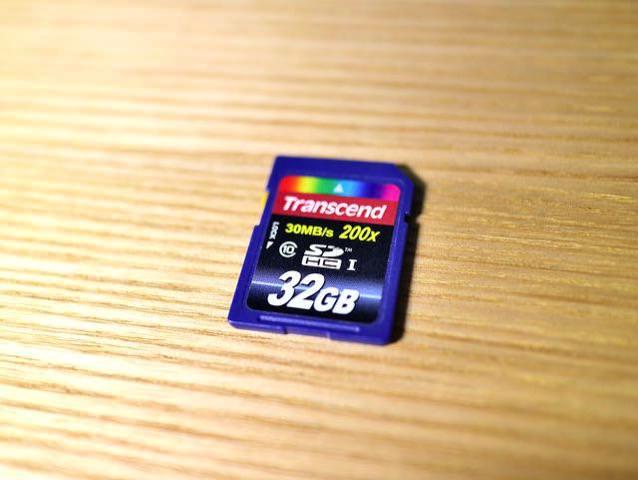 メモリーカード30MBPS