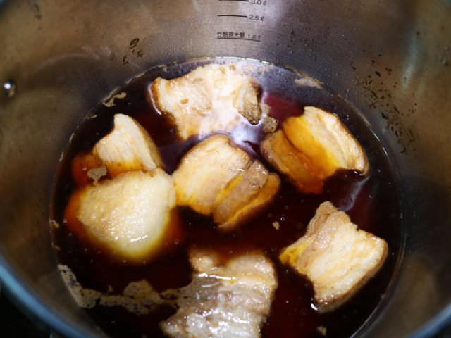 角煮豚バラ加圧後