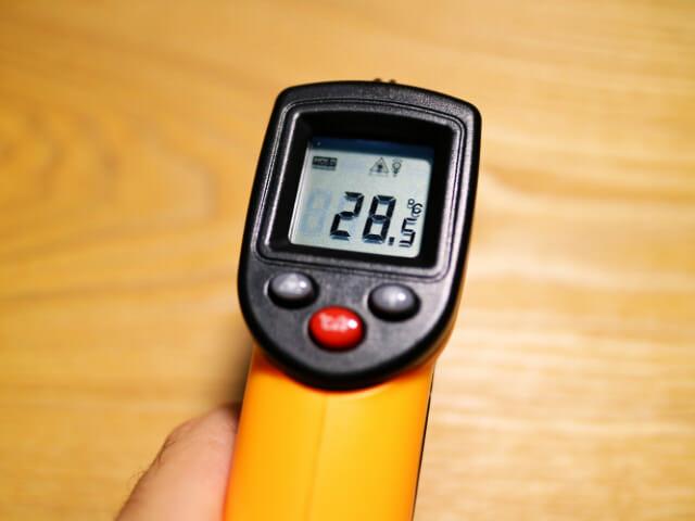 レーザ温度体温
