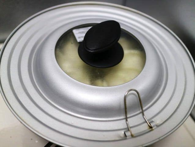 冷凍餃子コストコ餃子計画蒸す