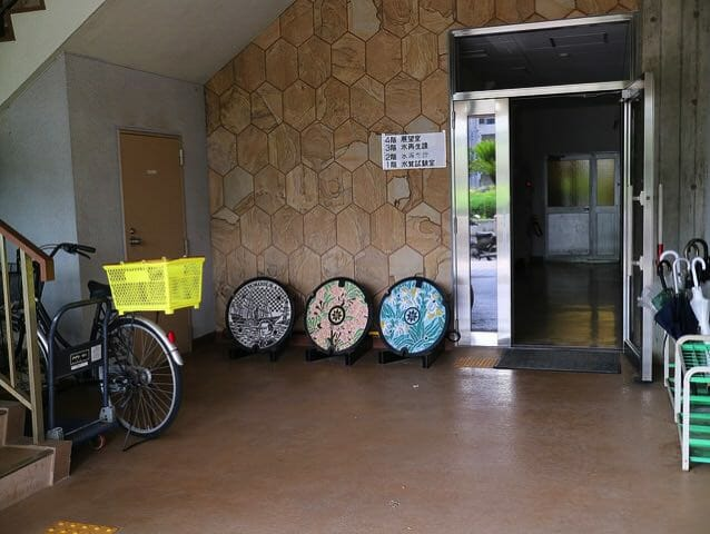 下町浄化センター横須賀市カラーマンホール展示