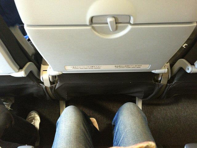 機内シート間隔