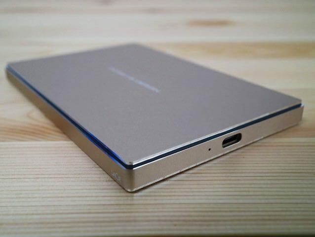 LaCieUSB CポータブルHD 本体USB Cポート