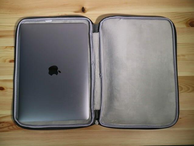 Inateckプロテクターケース MacBookPro13インチ