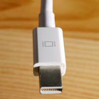 Mini DisplayPort Tb