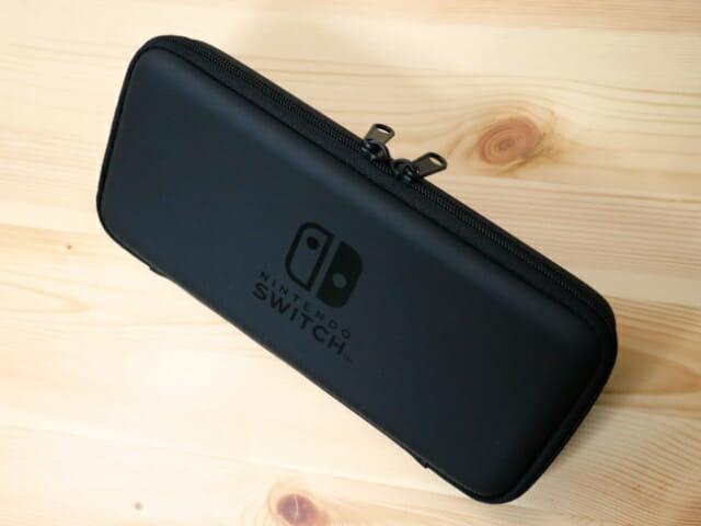 NintendoSwitch専用スマートポーチ 本体斜め上