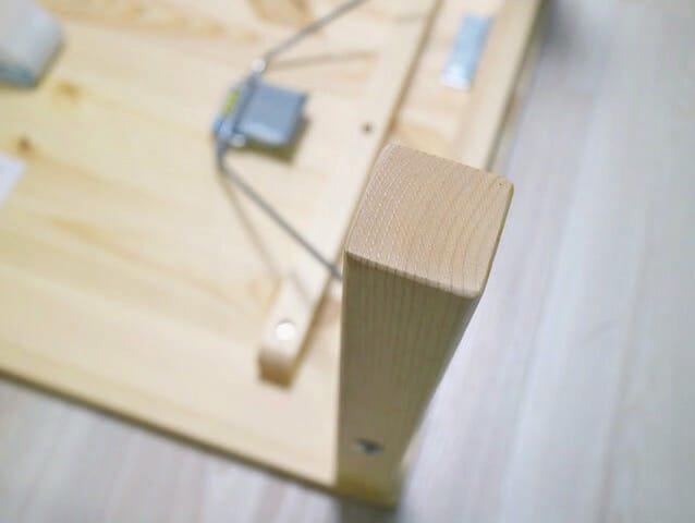パイン材ローテーブル 折りたたみ式 脚裏