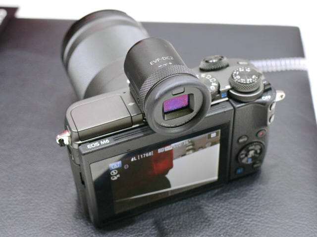 EOSM6 18 150mm背面