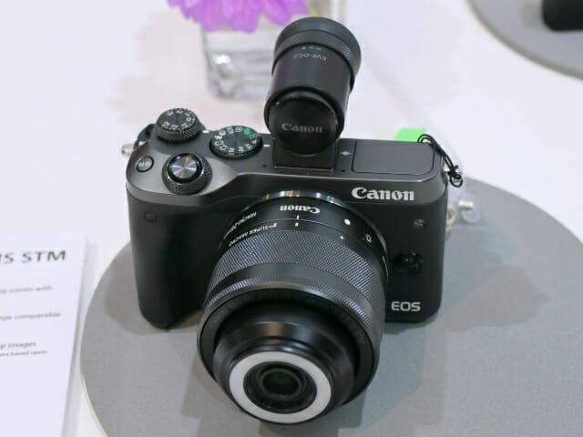 EOSM6 28mm正面