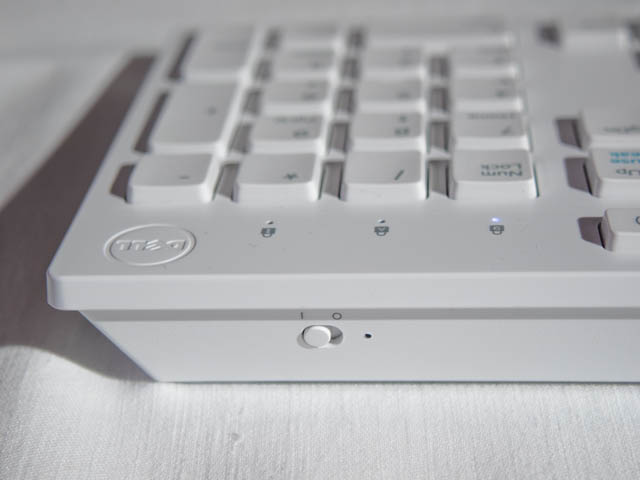 DELL新製品発表会201706 Inspiron24 5000 キーボード背面