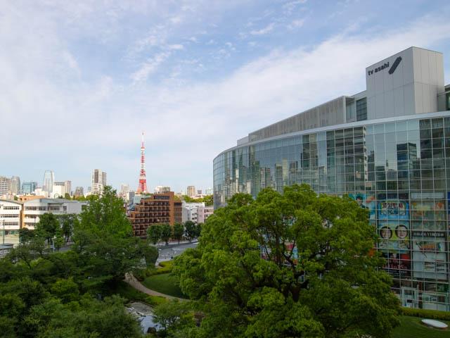 テレビ朝日 社屋と東京タワー