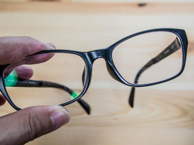 クロスアイ メガネクロス 汚れたメガネ