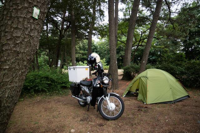 寝袋マット バイクキャンプ