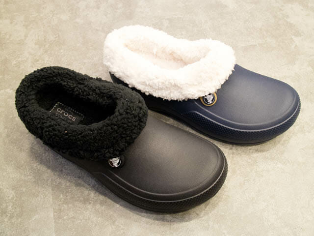 Crocs FuzzCollection ClassicBlitzen3 0Clogカラバリ