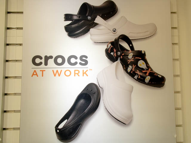 Crocs work タイトル