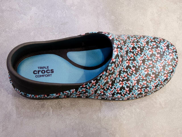Crocs work NeriaProClog上面