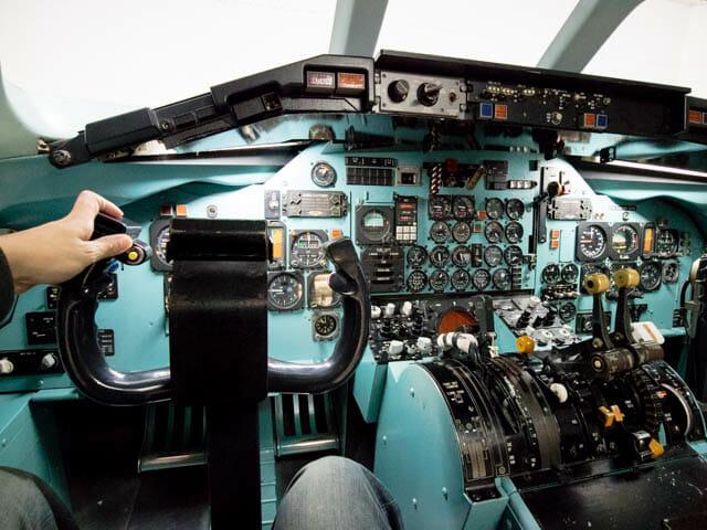 機体工場見学 JAL 13