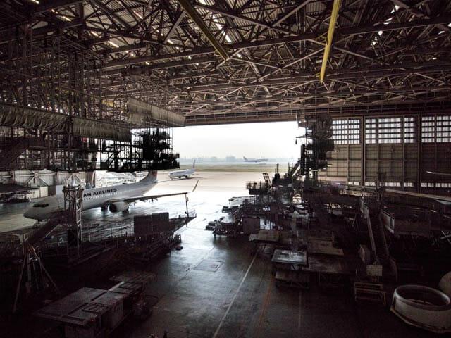 機体工場見学 JAL 27