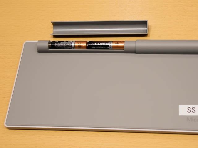 マイクロソフト 新製品Touch Tryイベント Surfaceキーボード底面