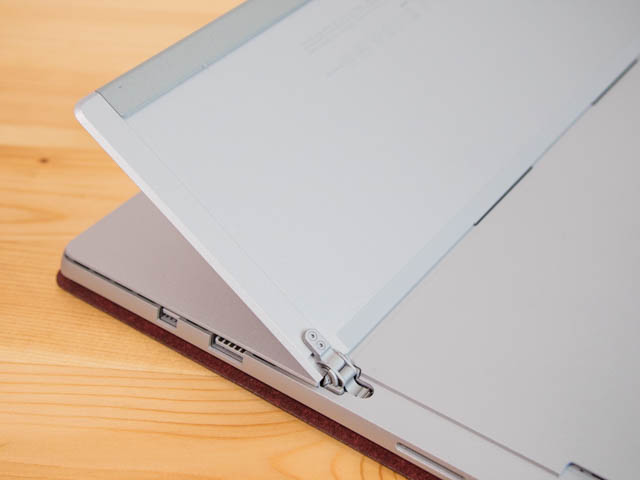 SurfacePro スタジオモードヒンジ