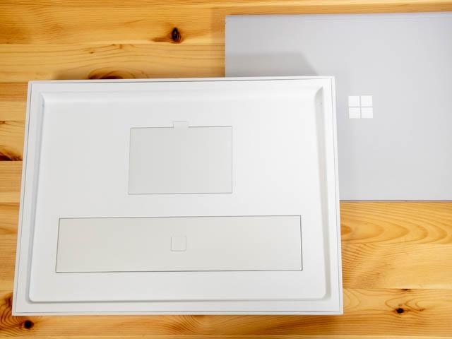SurfaceBook2 15inch 開封2