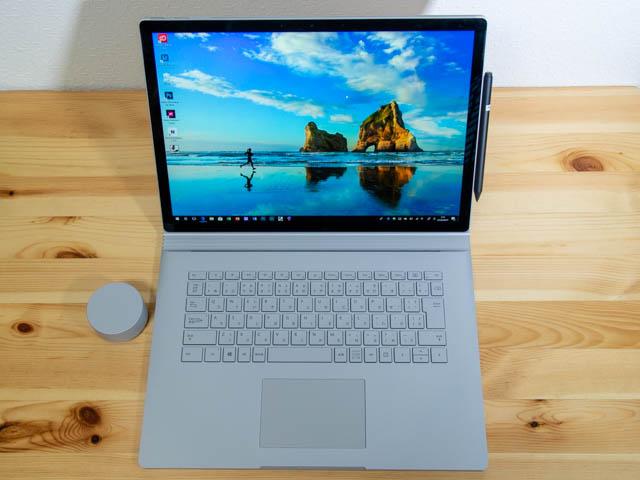 SurfaceBook2 15inch 正面 ペン取付