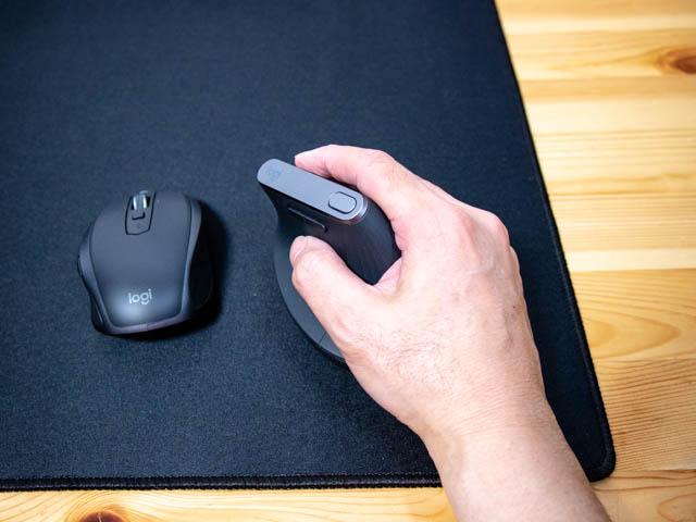 エルゴノミクスマウス 手刀