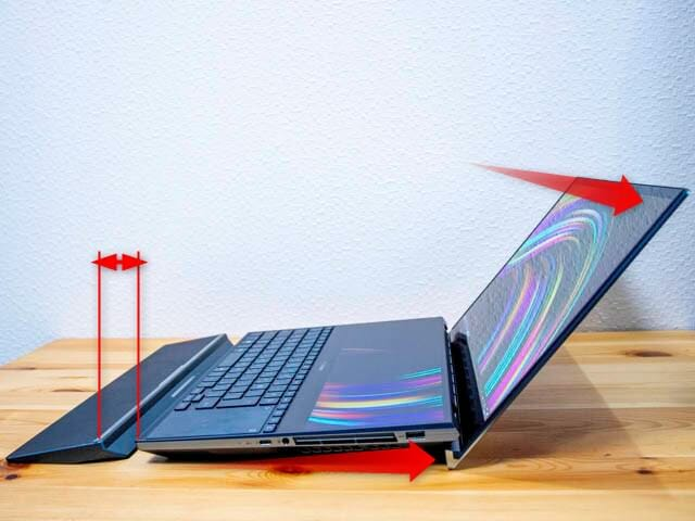 ASUS-ZenBookProDuo パームレスト置き去り