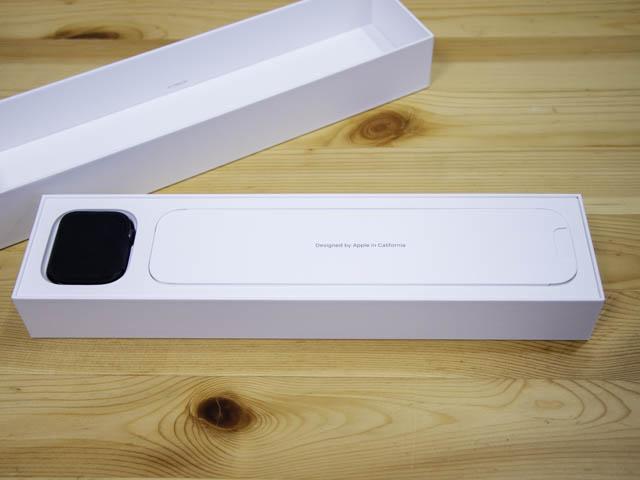 AppleWatchSeries5開封の儀 本体パッケージ