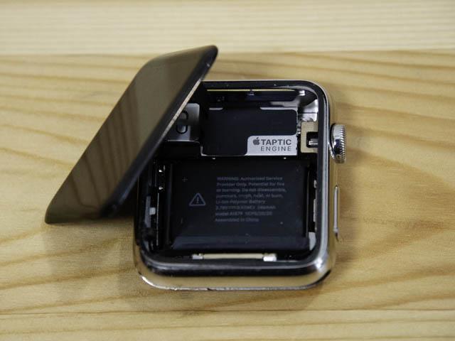 AppleWatch初代4年使用感 バッテリー膨張