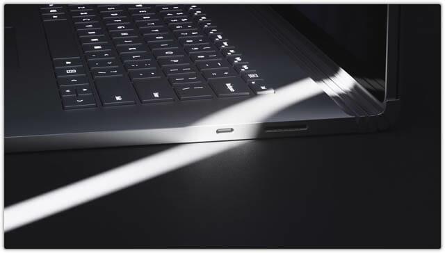 SurfaceBook3 外部端子