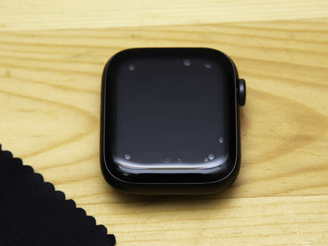AppleWatch保護フィルム決定版 ベルキン-フィルム貼り付け直後
