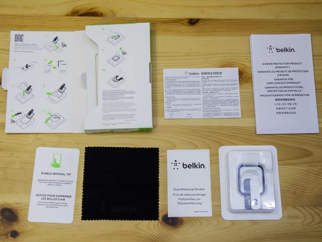AppleWatch保護フィルム決定版 ベルキン同梱物